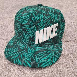 Nike baseball hat Green leaf printed